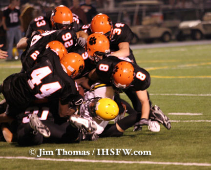 Wheaton Warrenville South Tigers football